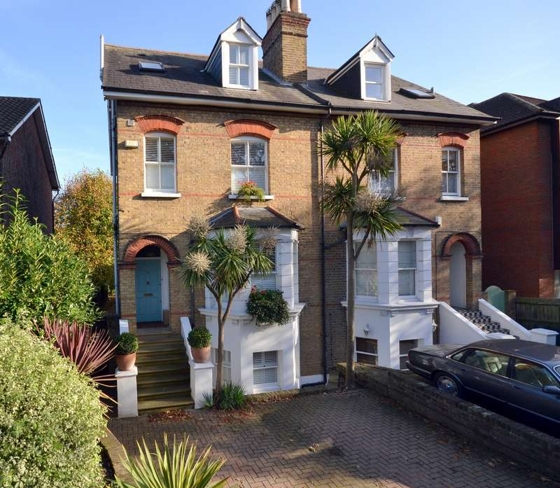 Semi Detached in  Hook Road  Surbiton  KT6  Richmond