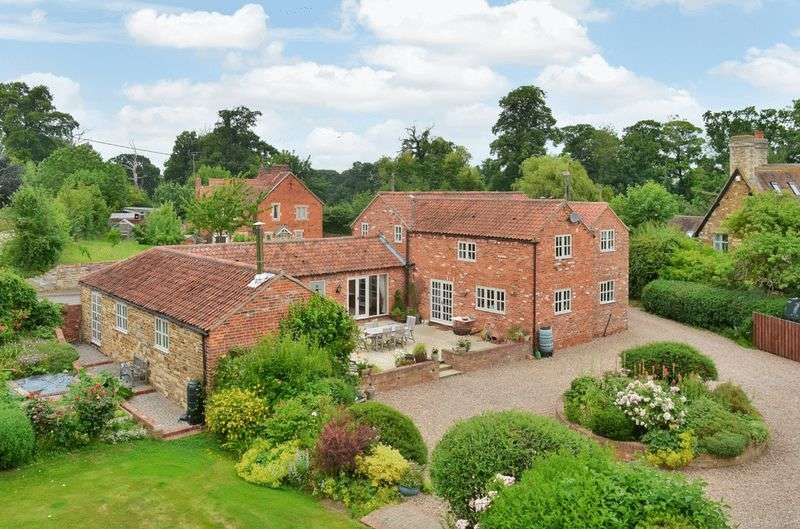 6 Bedrooms Detached House for sale in Sallow Holt, Gelston Road, Hough on the Hill, Grantham