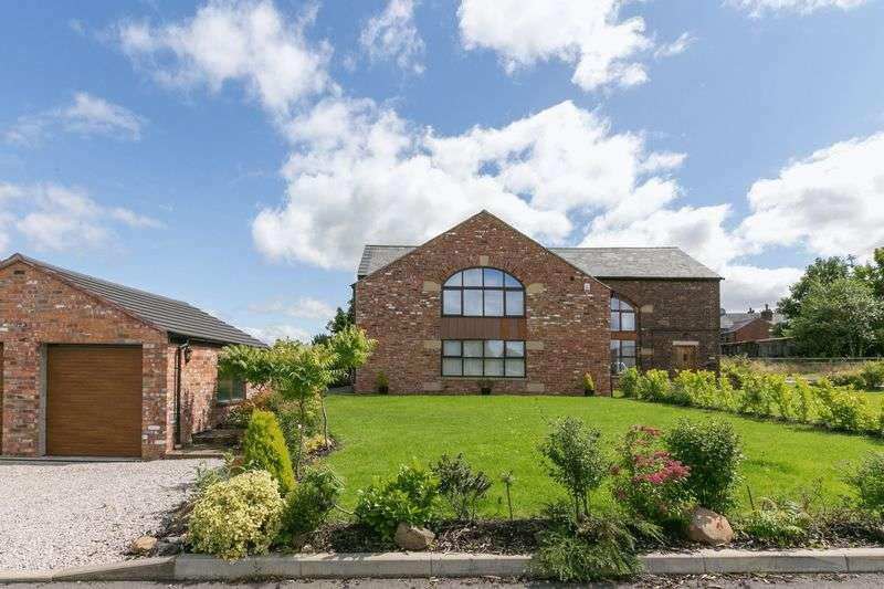 4 Bedrooms Semi Detached House for sale in Bolton Road, Ashton-in-Makerfield, WN4 8TL