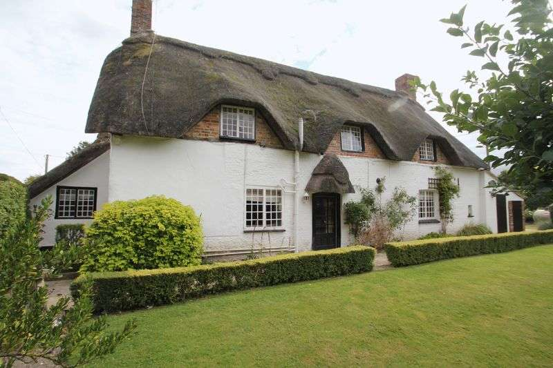 4 Bedrooms Detached House for sale in Tarrant Monkton, Blandford Forum