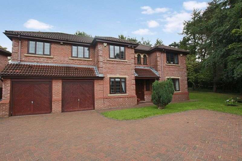 5 Bedrooms Property for sale in Hillkirk Drive, Shawclough OL12 7HD