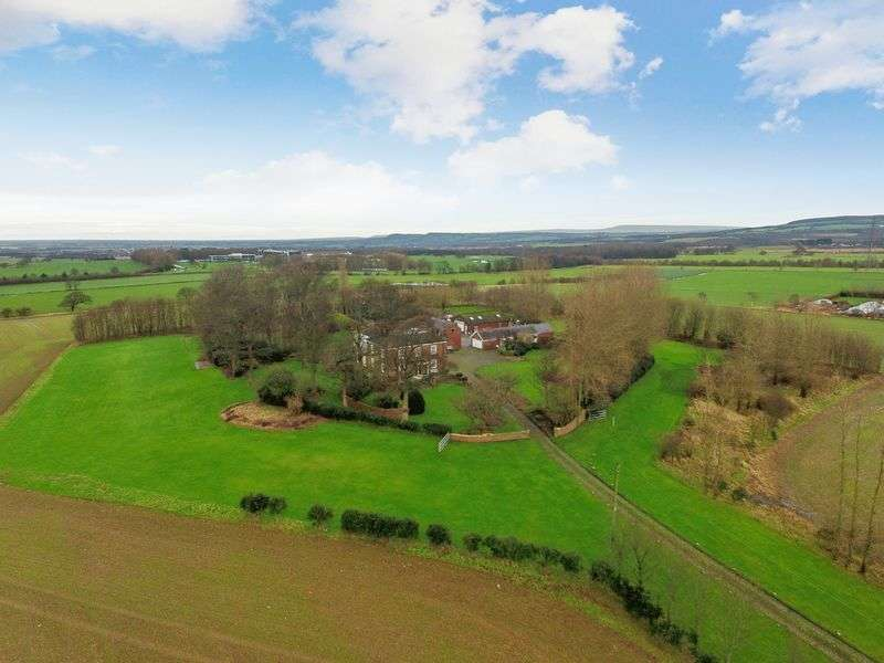4 Bedrooms Detached House for sale in Spa Lane, Lathom