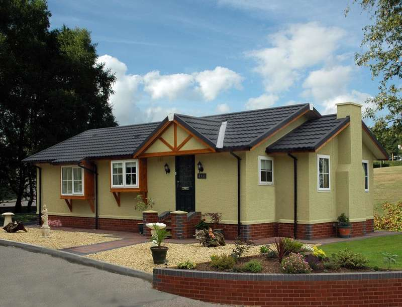 2 Bedrooms Detached Bungalow for sale in Cardigan Cottage Marlee Loch, Kinloch, Blairgowrie, PH10