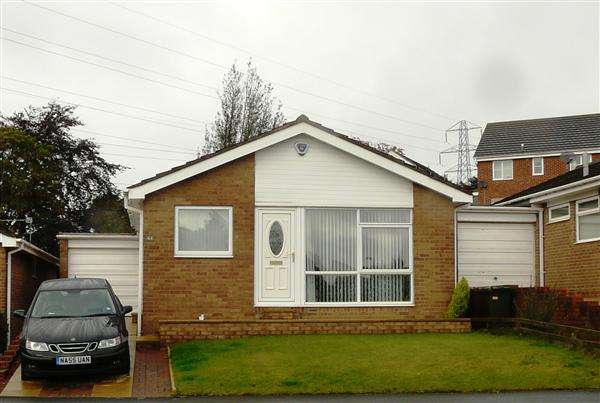 2 Bedrooms Bungalow for sale in Combe Drive, Newcastle upon Tyne