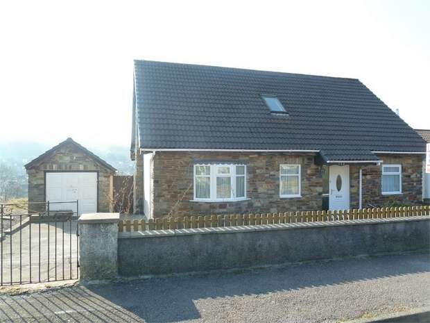 3 Bedrooms Detached House for sale in Mill View Estate, Garth, Maesteg, Mid Glamorgan