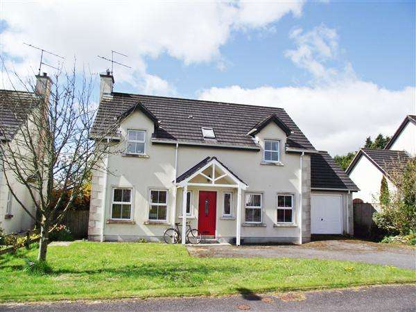 4 Bedrooms Detached House for sale in 10 Crom Cruaich Way