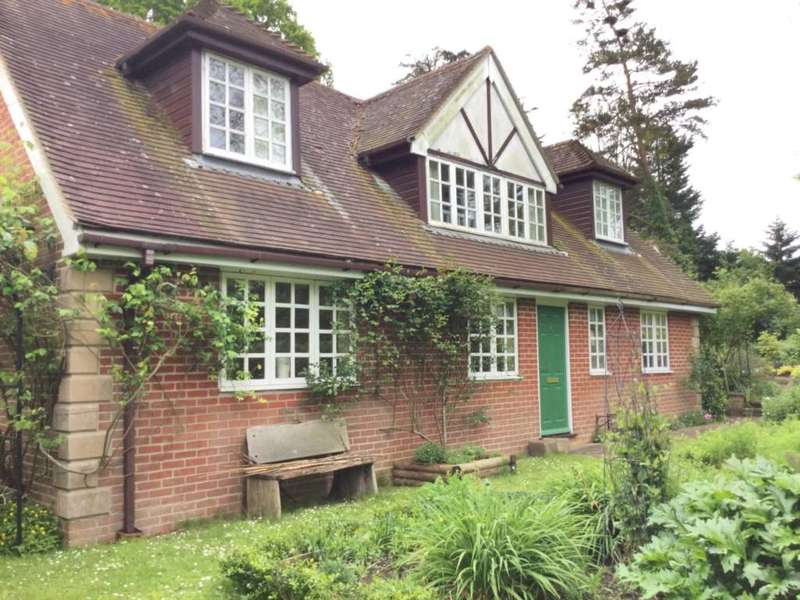 4 Bedrooms Detached House for sale in Ryders Wells Lane, Ringmer, Lewes, East Sussex, BN8 5RN