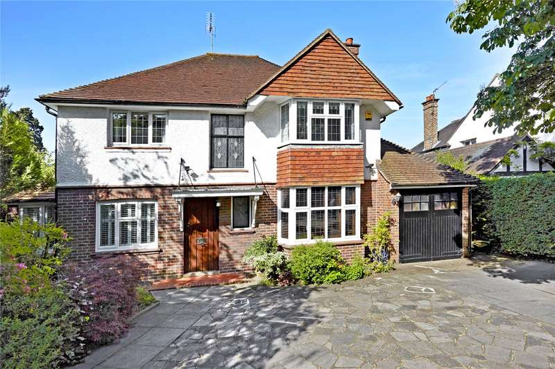 4 Bedrooms Detached House for sale in Alexandra Road, Epsom, Surrey, KT17