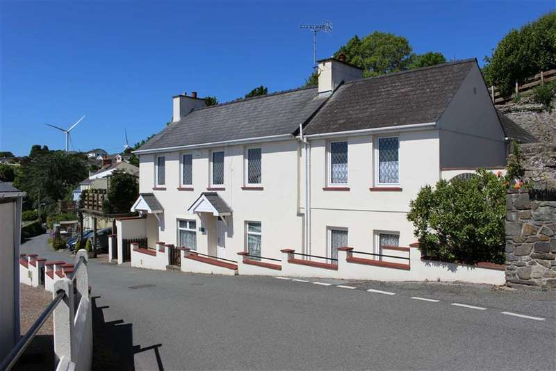 3 Bedrooms Property for sale in Church Road, Llanstadwell