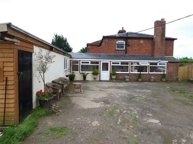 5 Bedrooms Detached House for sale in Canon Pyon, Canon Pyon, Hereford
