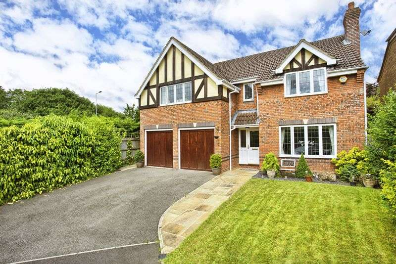 5 Bedrooms Detached House for sale in West Cheshunt, Hertfordshire