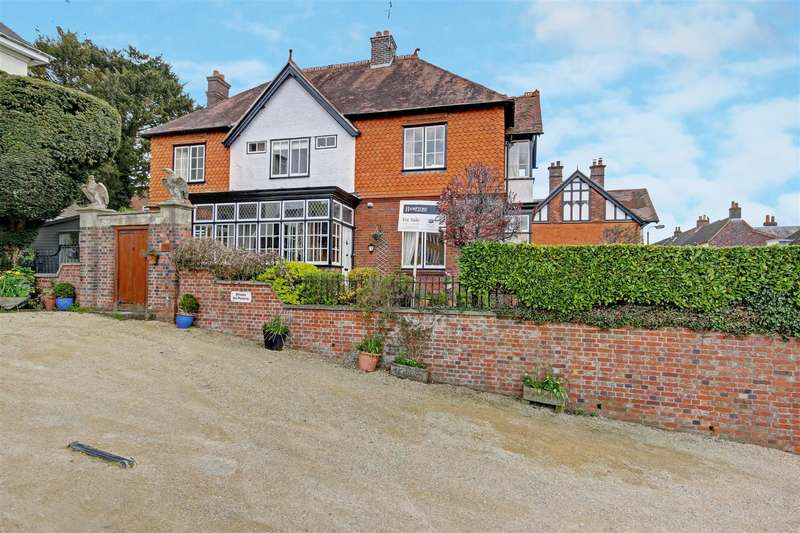 6 Bedrooms Property for sale in The Green, Marlborough, Wiltshire