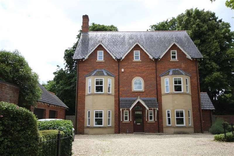 5 Bedrooms Property for sale in Oxford Gardens, Bath Road, Old Town, Swindon