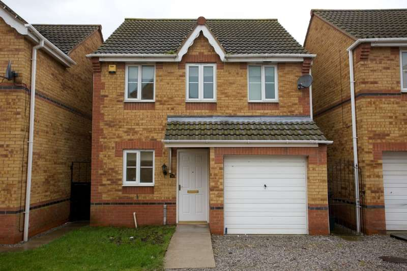 3 Bedrooms Detached House for sale in Moorside Court, Doncaster, South Yorkshire, DN8