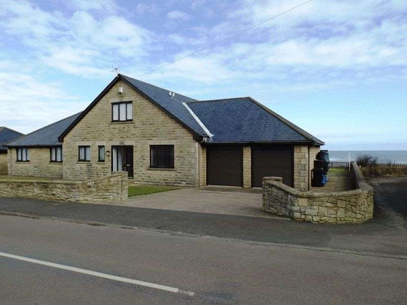 5 Bedrooms House for sale in Sea Front, Cresswell - Five Bedroom Detached House