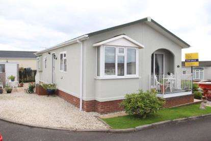 2 Bedrooms Bungalow for sale in Cunninghamhead Estate, Cunninghamhead