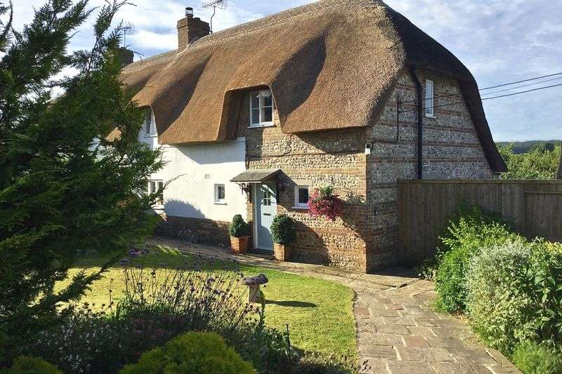 3 Bedrooms Cottage House for sale in Tolpuddle, Dorchester, DT2