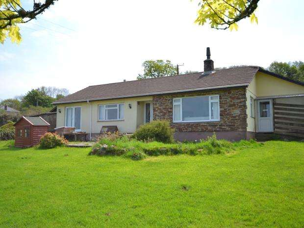 5 Bedrooms Detached Bungalow for sale in Coxpark, Gunnislake, Cornwall
