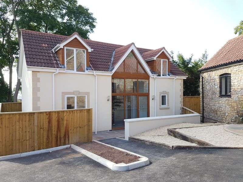3 Bedrooms Property for sale in Private Gated Development on Milton Hillside