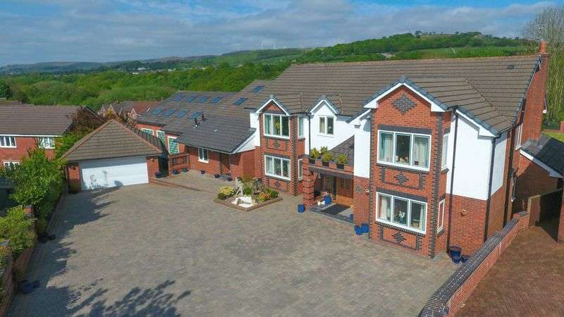 5 Bedrooms Detached House for sale in Vale Coppice, Ramsbottom