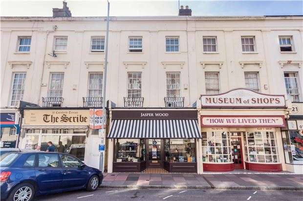 4 Bedrooms Terraced House for sale in Cornfield Terrace, EASTBOURNE