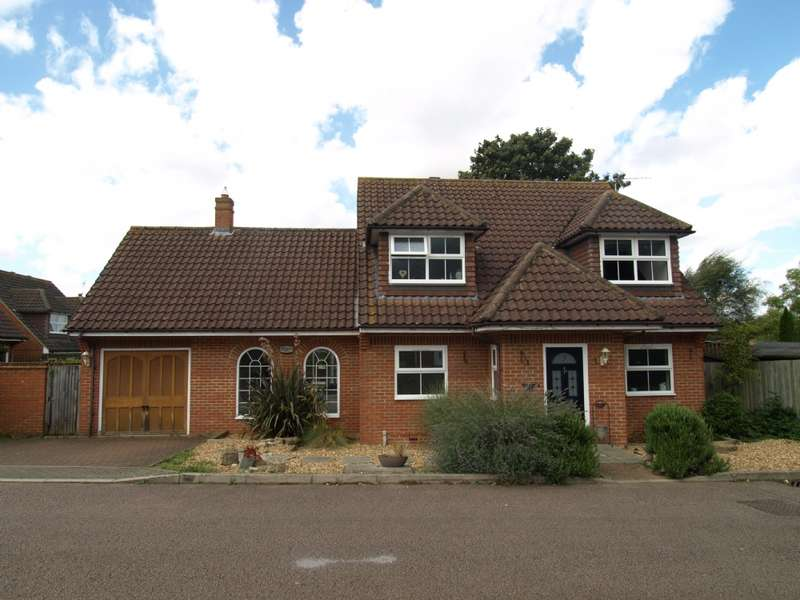 4 Bedrooms Detached House for sale in Bramley Meadows, Newport Pagnell