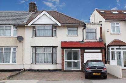 5 Bedrooms End Of Terrace House for sale in Newbury Park, Ilford