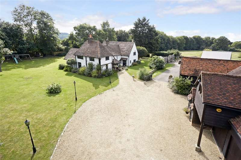 5 Bedrooms Detached House for sale in Vicarage Lane, Wraysbury, Staines-upon-Thames, Berkshire, TW19