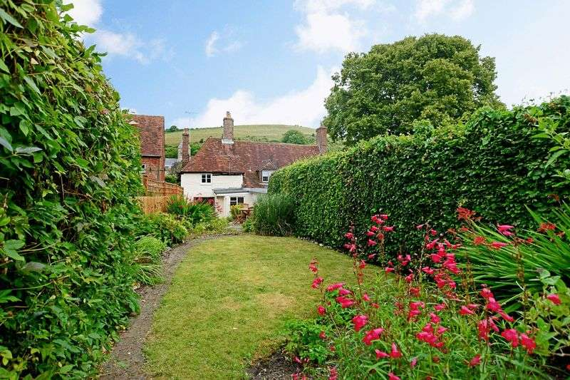2 Bedrooms Cottage House for sale in High Street, East Meon, Hampshire