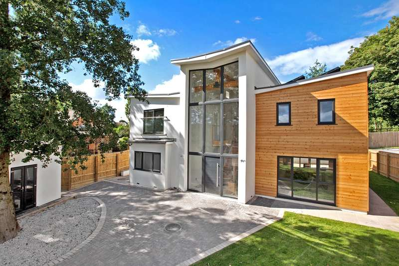 4 Bedrooms Detached House for sale in Ottery St Mary, Devon