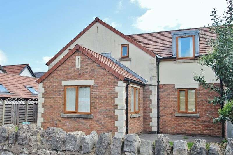 3 Bedrooms Semi Detached House for sale in Whitchurch