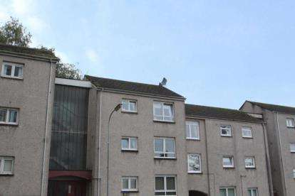 1 Bedroom Flat for sale in Court Road, Port Glasgow