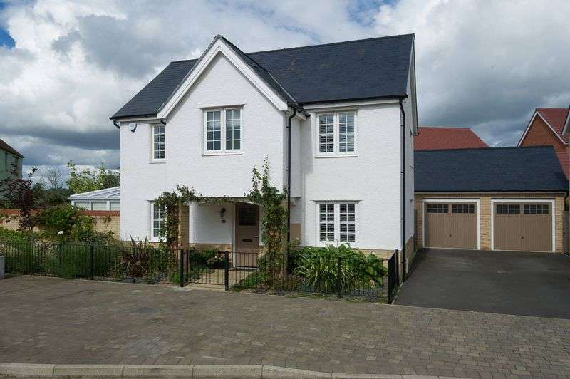 4 Bedrooms Detached House for sale in St. Neots, Cambridgeshire