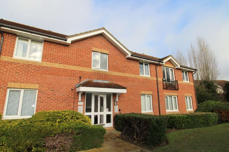 Flat in  Trevithick Close  Feltham  TW14  Richmond