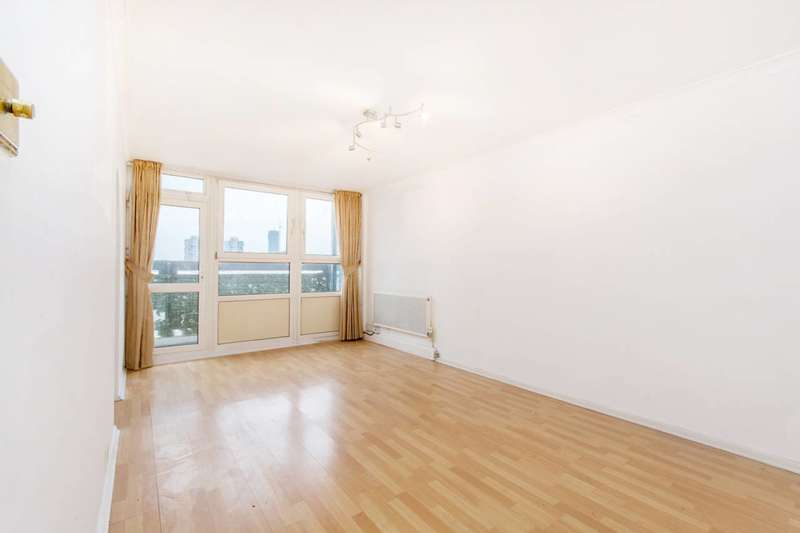 Flat in  Rosenau Road  Battersea  SW11  Richmond
