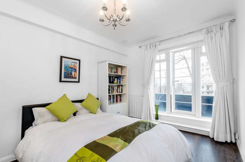 Flat in  Adelaide Road  London  NW3  Richmond