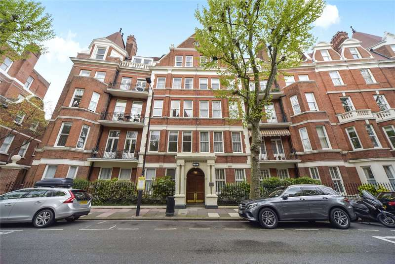 Flat in  Fitzgeorge Avenue  London  W14  Richmond