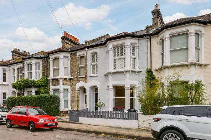Terraced house in  Sutton Lane North  Chiswick  W4  Richmond