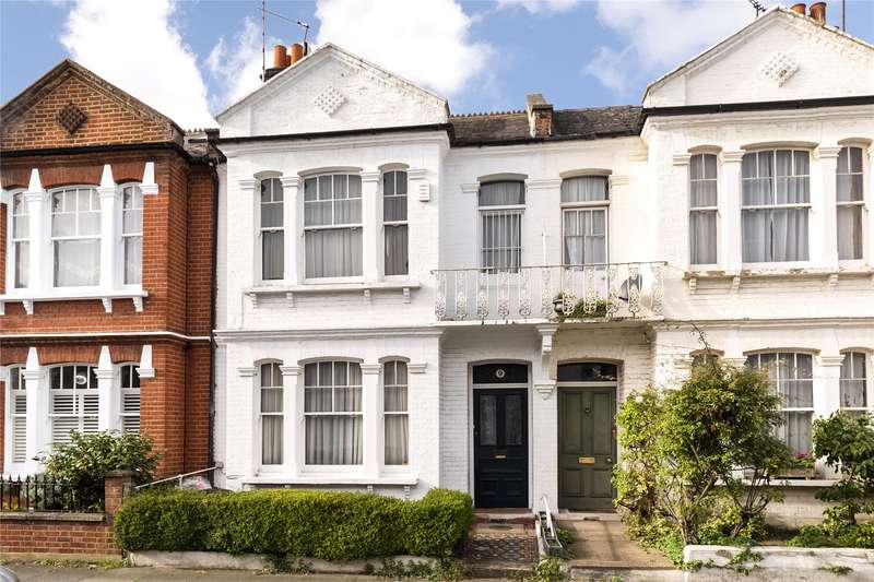 Terraced house in  Guion Road  Fulham  London  SW6  Richmond