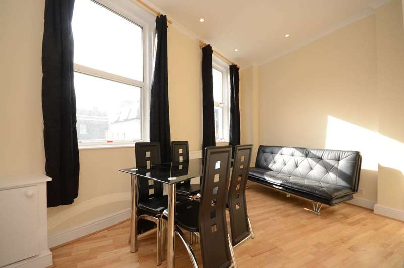 Flat in  Lillie Road  Fulham  SW6  Richmond