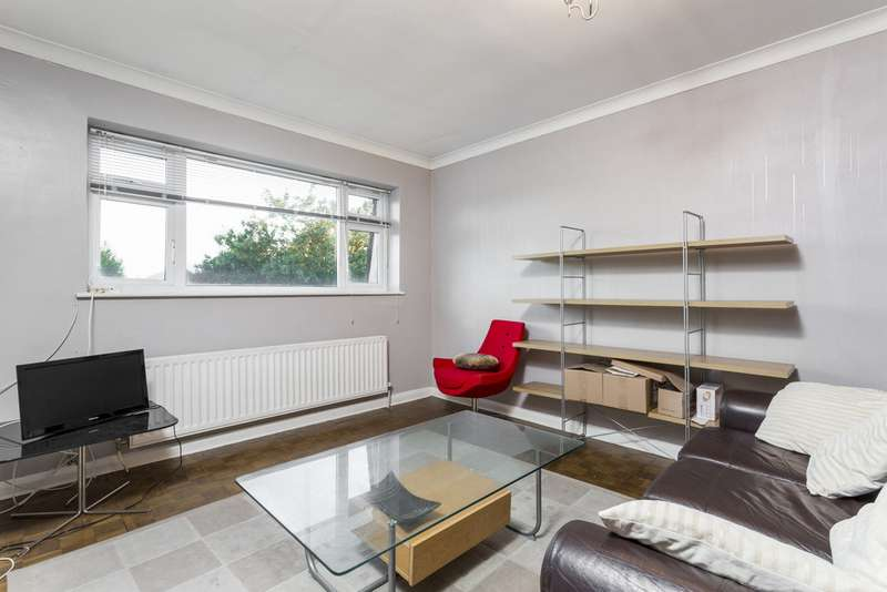 Flat in  North Common Road  London  W5  Richmond