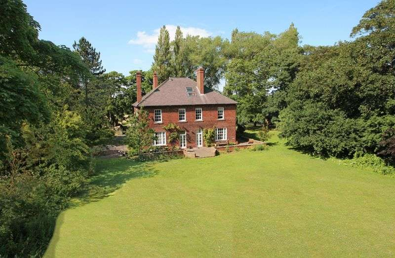 6 Bedrooms Detached House for sale in Old Vicarage Lane, Monk Fryston