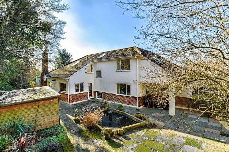 6 Bedrooms Detached House for sale in Welwyn, Hertfordshire