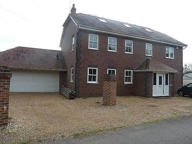 6 Bedrooms Detached House for sale in Winchester Street, SO30