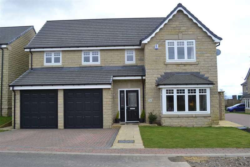4 Bedrooms Detached House for sale in Burwood Gate, Queensbury, Bradford