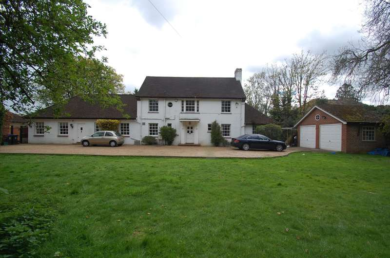 5 Bedrooms Detached House for sale in Fir Tree Avenue, Stoke Poges, SL2