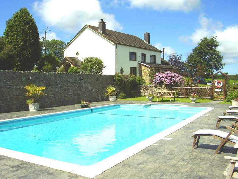 4 Bedrooms Detached House for sale in Trenewydd Farm Holiday Cottages, Moylegrove, Cardigan, Pembrokeshire, Wales