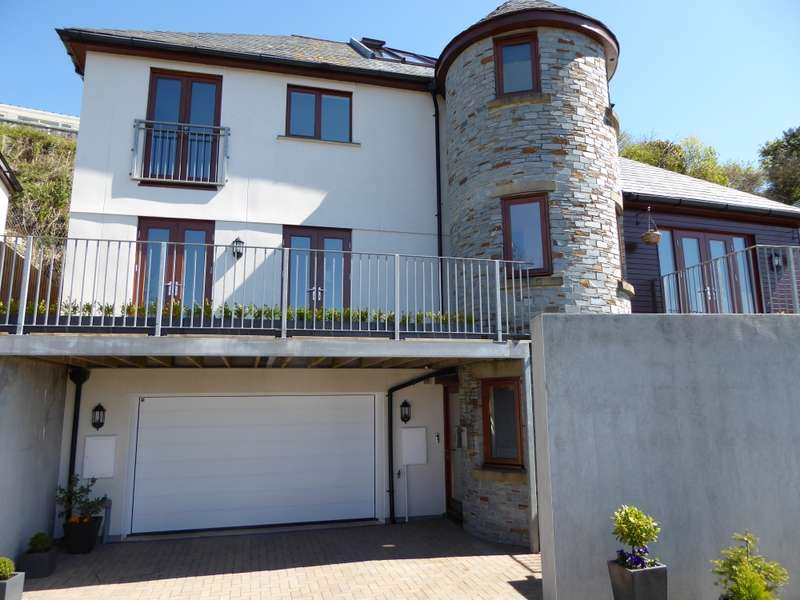 4 Bedrooms Detached House for sale in Pendrim park, Looe, Cornwall, PL13