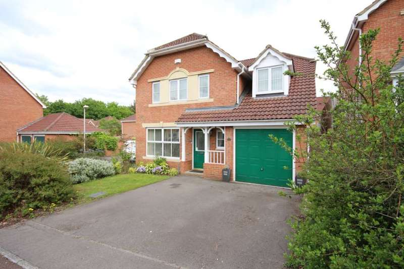 5 Bedrooms Detached House for sale in Neuman Crescent, Bracknell