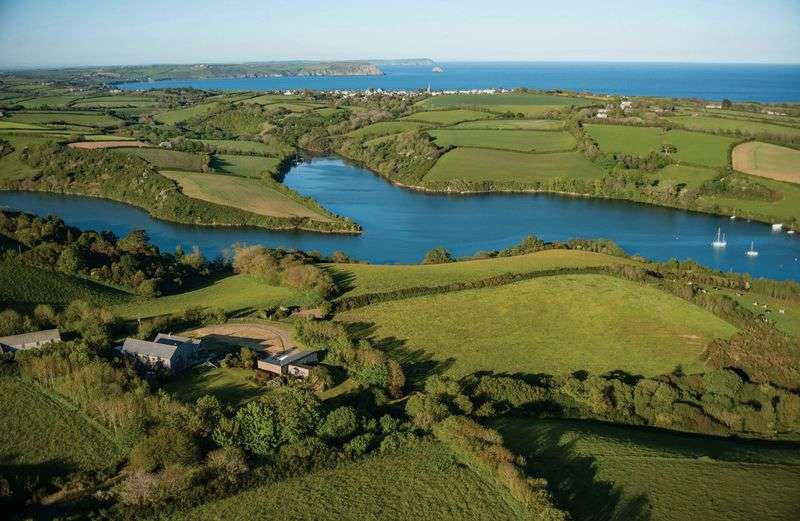 4 Bedrooms Detached House for sale in Percuil River, St. Mawes
